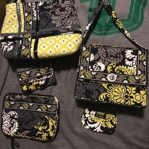 Excellent condition Vera Bradley set/lot